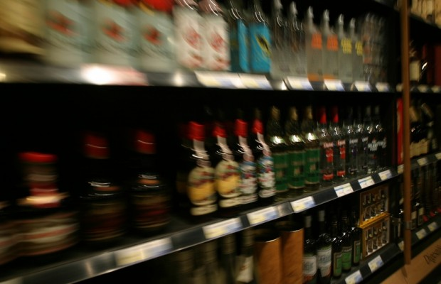 Small liquor stores closing at fast rate