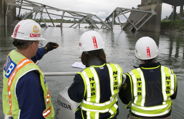 More details in Washington state bridge collapse