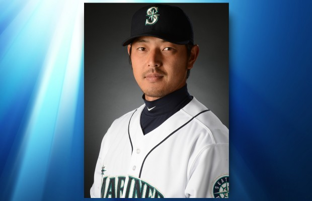 Iwakuma pitches Mariners to 1-0 win over Royals.