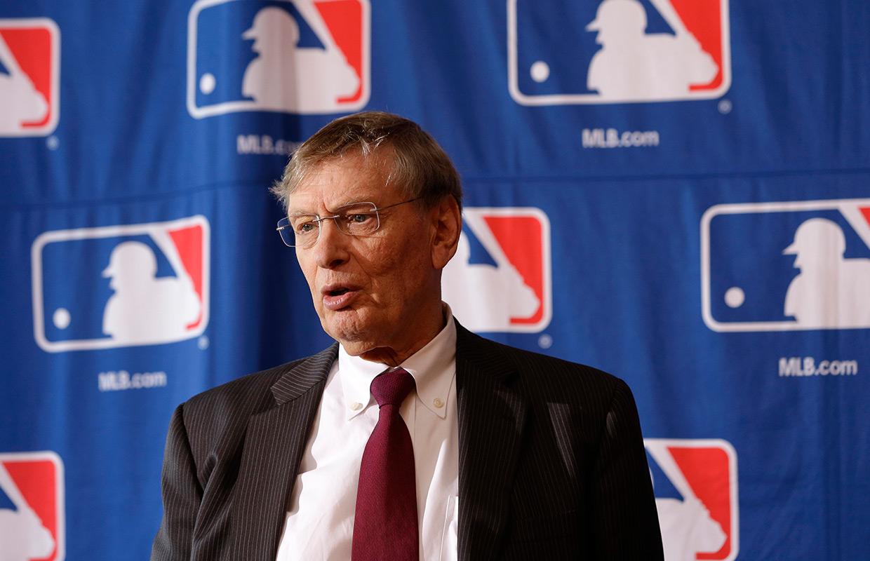 MLB owners meet to elect next commissioner
