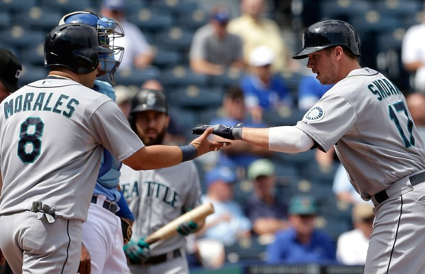 Report: Morales to reject Mariners qualifying offer