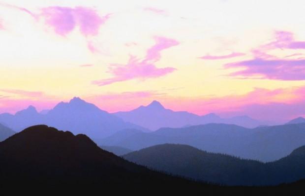 Climbers dies in fall from Forbidden Peak