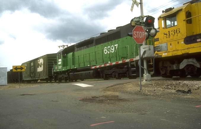 Oil train derails in Seattle rail yard; no spill