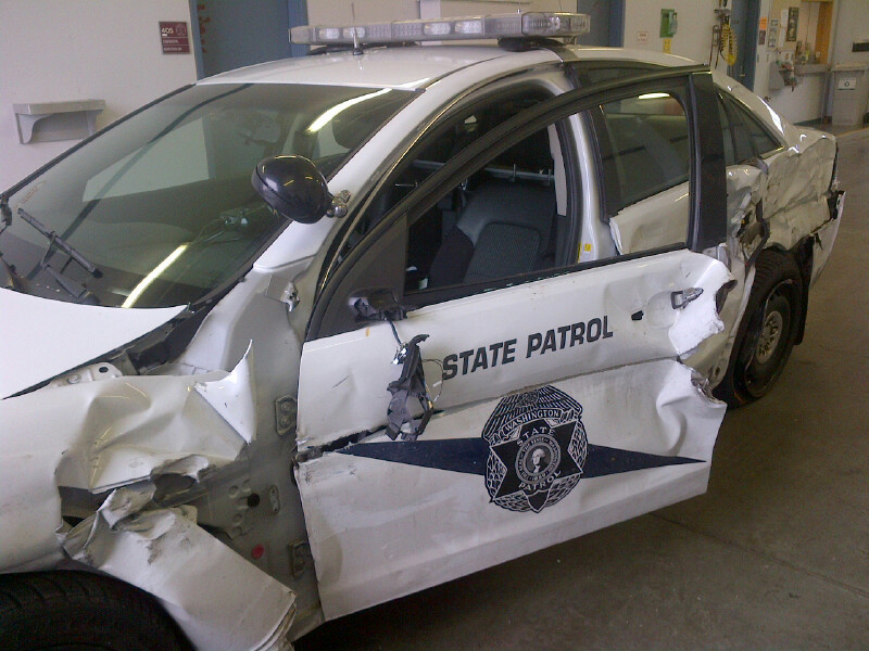 Driver from Blaine crashes into State Patrol cruiser