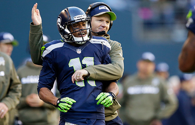 Harvin back on practice field for Seahawks