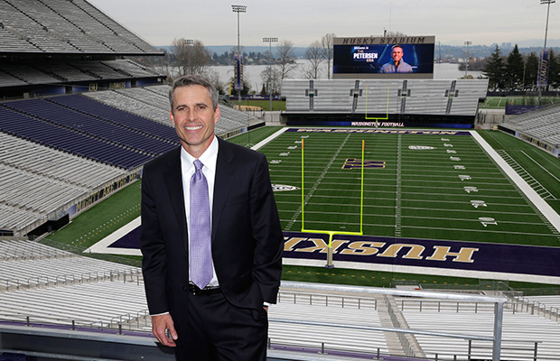 Petersen announces coaching staff at Washington