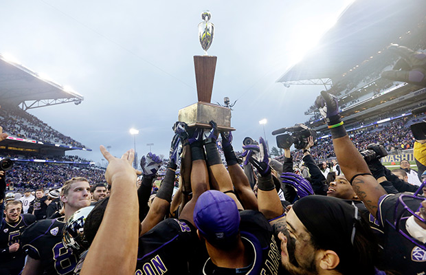 Apple Cup moving back to Saturday in 2014