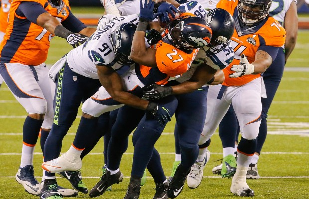 Seahawks visit Broncos in rematch of Super Bowl