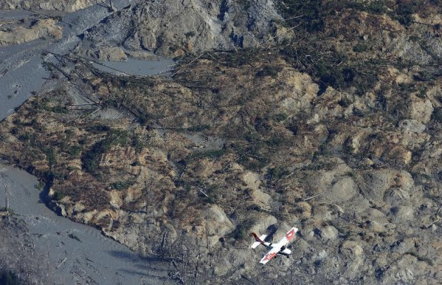 Search crews find more mudslide victims