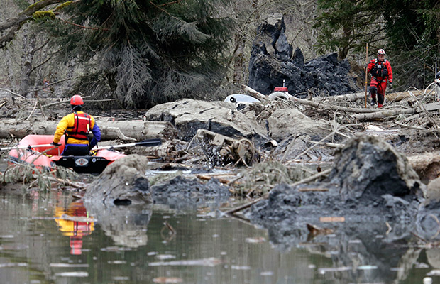 Oso mudslide search winding down; 2 still missing