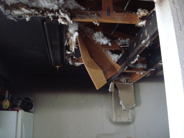 Apartment fire displaces Bellingham family