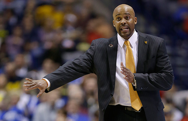 Cal hires Tennessee's Cuonzo Martin as coach