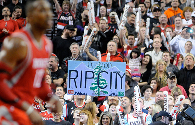 Blazers look to wrap up series with Rockets at home