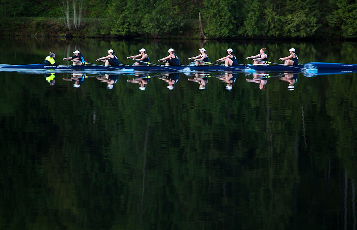WWU rowing sweeps Central Sprints to end regular season