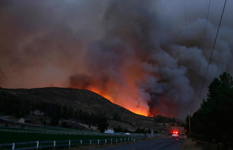 Homes Evacuated As Cle Elum Wildfire Grows Kafe 104 1