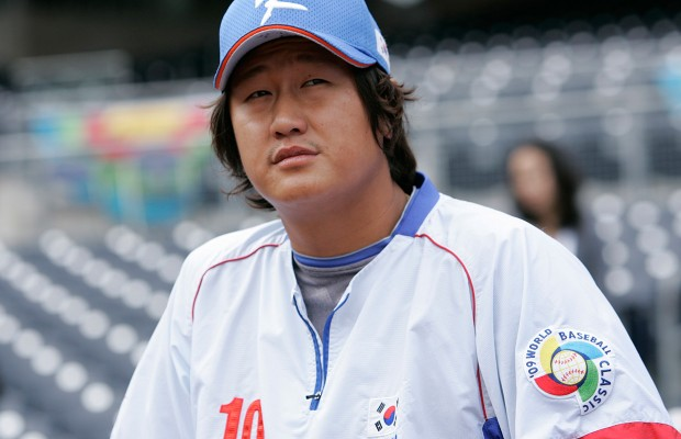 Seattle Mariners confirm Dae-Ho Lee minor-league deal