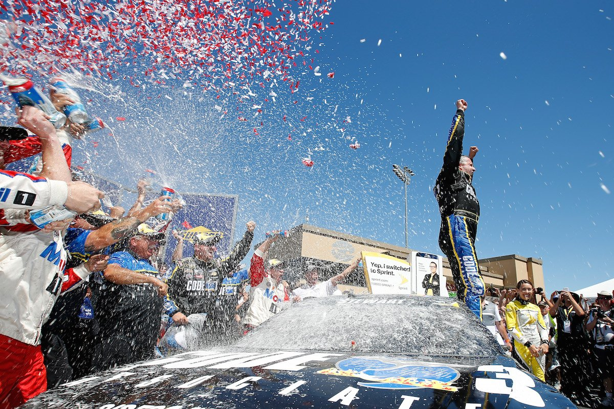 Stewart earns first win since 2013 at Sonoma