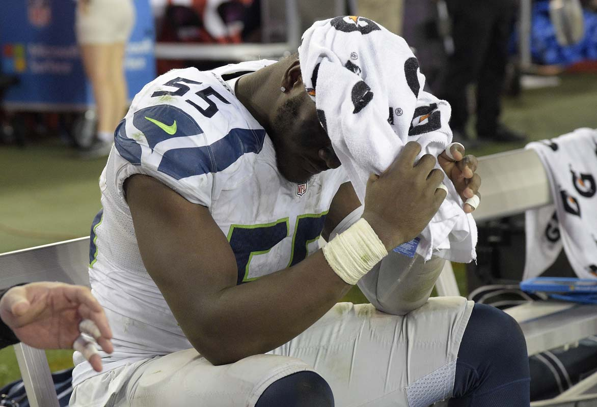 Seahawks defensive end Frank Clark insults reporter via Twitter
