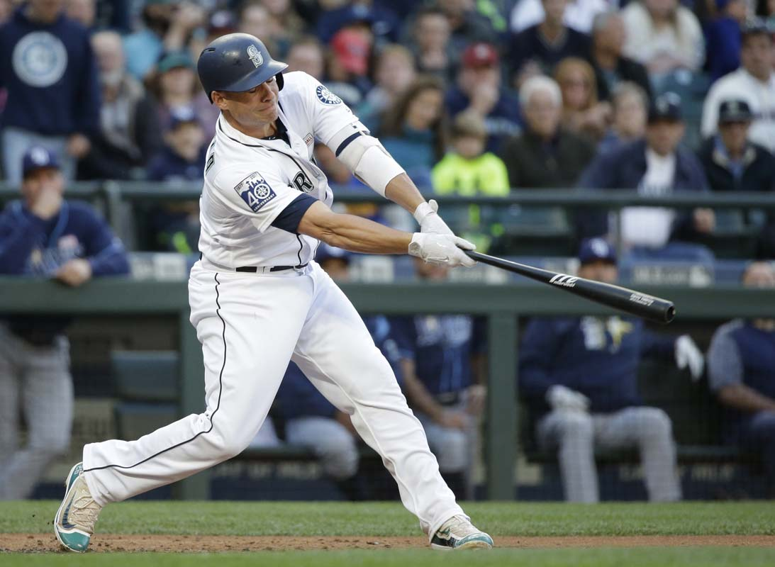 Cano's three-run homer in first inning starts Mariners' hit parade