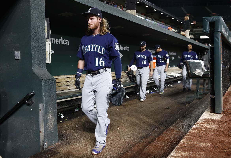 Bundy throws 1-hitter, streaking Orioles beat Seattle 4-0