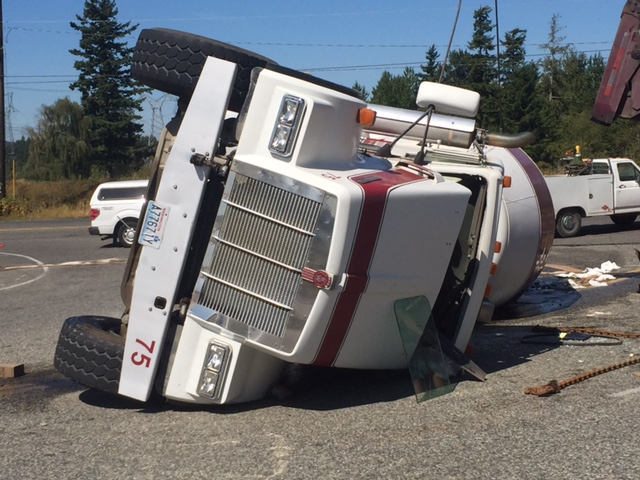 Rolls In Cement : Photos cement truck rolls in busy whatcom intersection