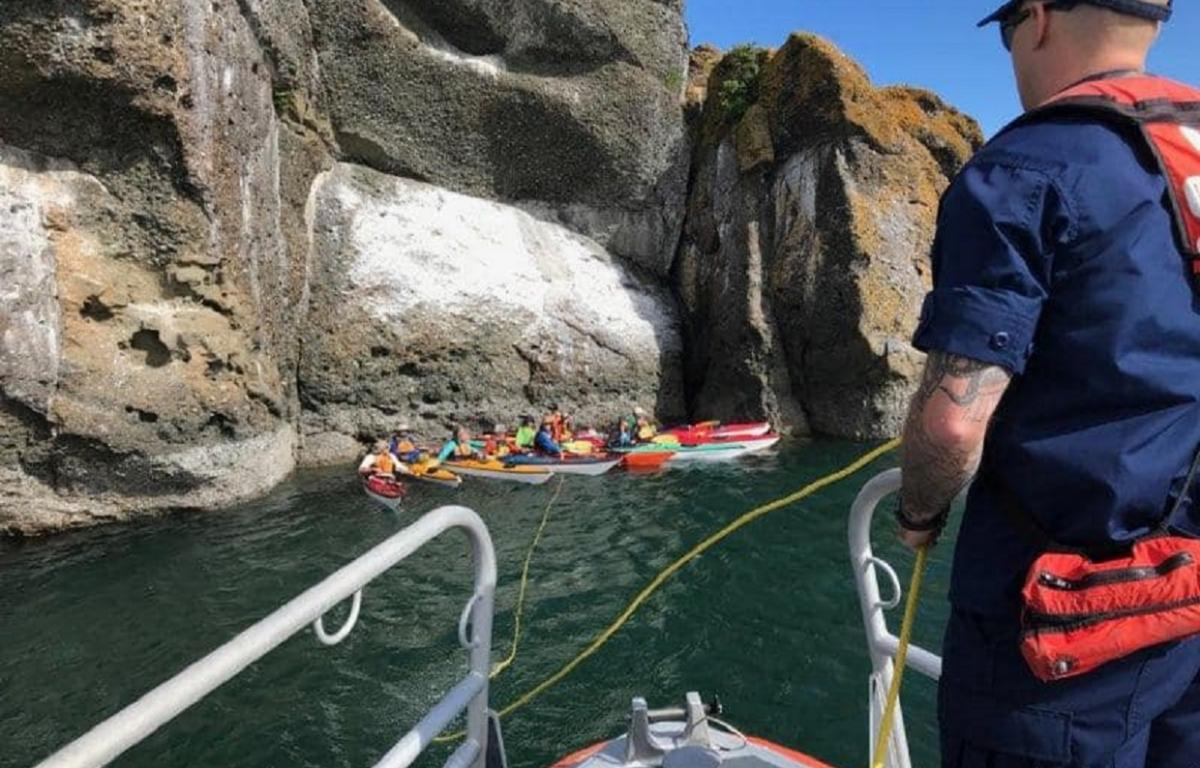 Coast Guard helps Orcas Island kayakers out of dangerous waters | 790 KGMI